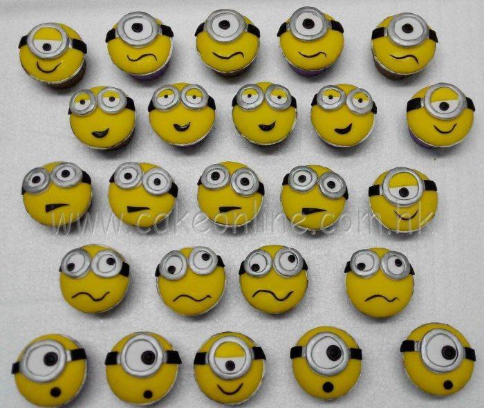 Minions funny faces cupcakes小黃人杯子蛋糕